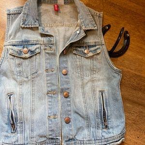 Ladies Denim Vest - Size 6 (H&M)